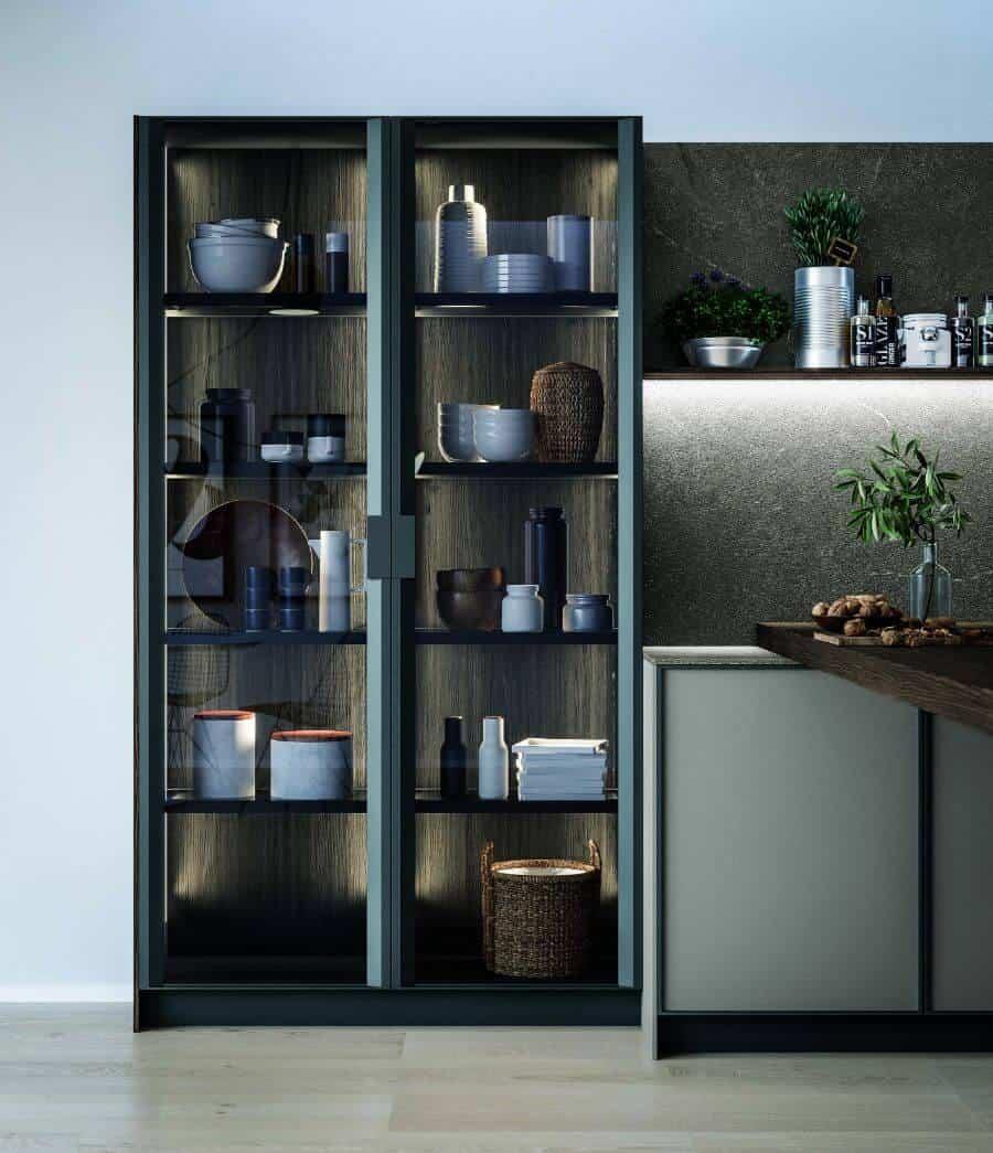 cucina-colonna-vetrina-anta-telaio-vetro-collezione-amalfi-il-mobile