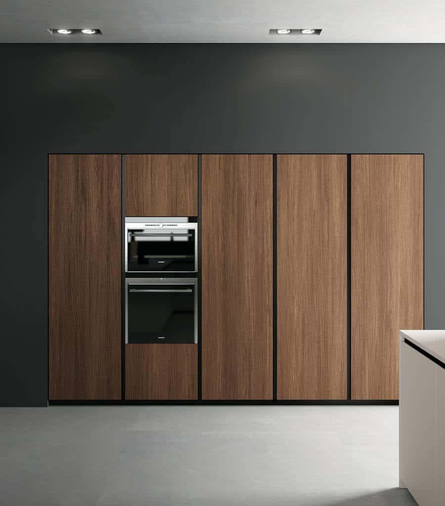 cucina-colonne-dispensa-elettrodomestici-gola-verticale-collezione-chic-il-mobile