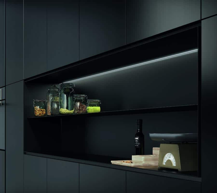 cucina-vano-giorno-colonne-illuminazione-collezione-londra-il-mobile