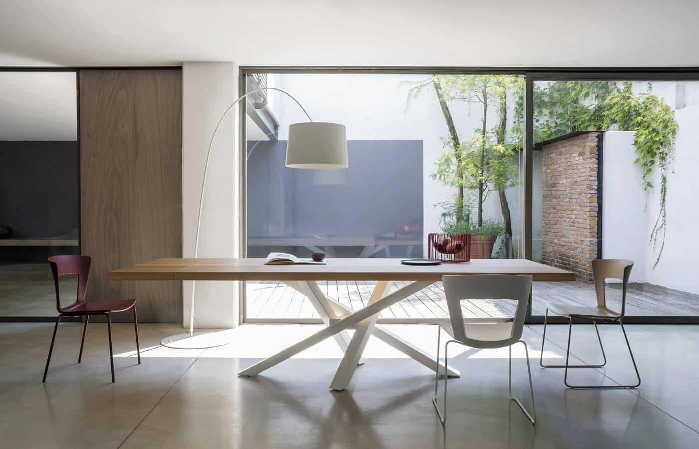 tavoli-collezione-riflessi- shangai-legno-allungabile-il-mobile
